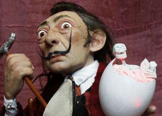 Сальвадор Дали, кукла работы В. Волегова