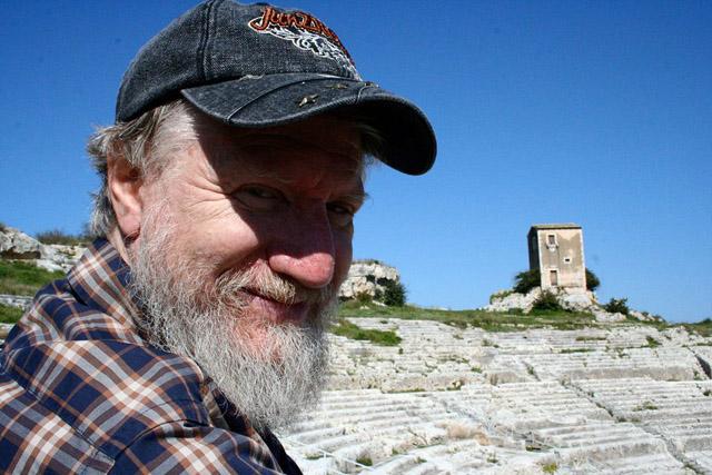 Владимир Шаров в Греции (2012), фото из хроники Михаила Эпштейна