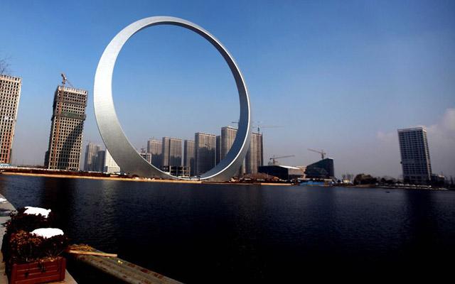 """Кольцо жизни"" в городе Фушунь, фото: Imaginechina / Rex Features"