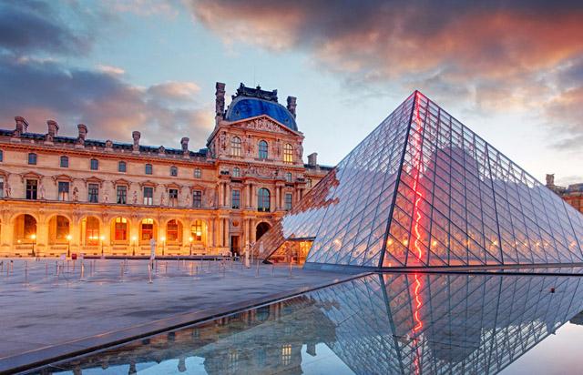 Лувр, фото: www.headout.com