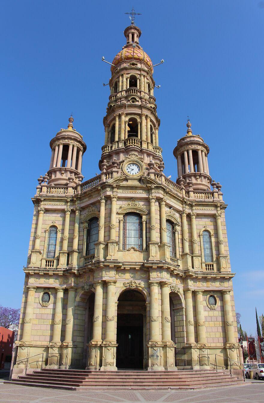 Храм Сан-Антонио-де-Падуя, фото - Mario Yaír