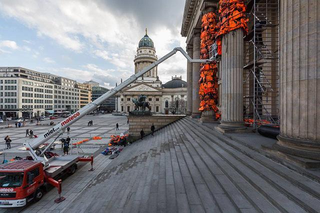 спасательные жилеты в Берлине