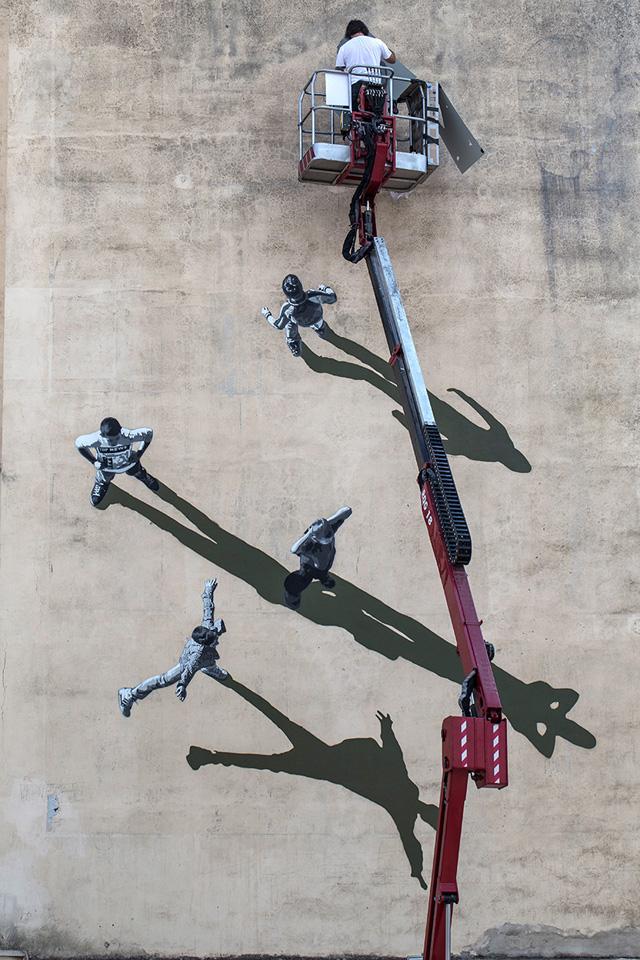 Андерс Йеннестад, фреска на стене школы в Гаете (Италия)
