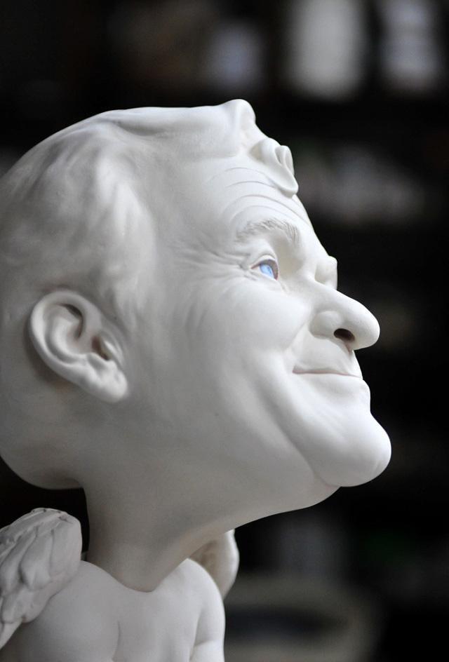 Фрагмент скульптуры Джонсона Цанга (портрет Робина Уильямса)