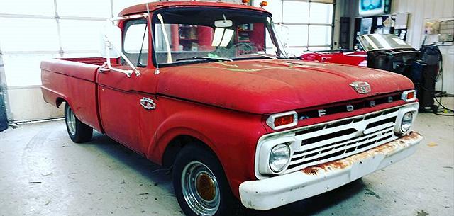 старый грузовичок