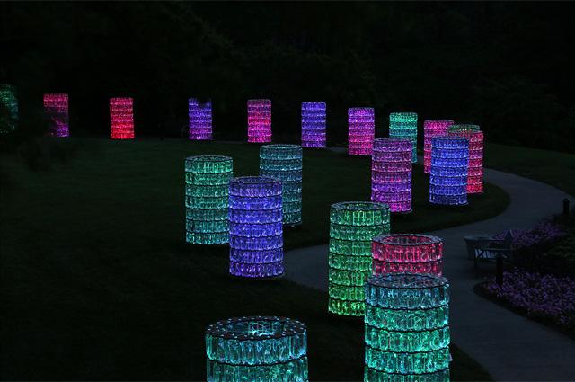 Световая парковая инсталляция Брюса Мунро