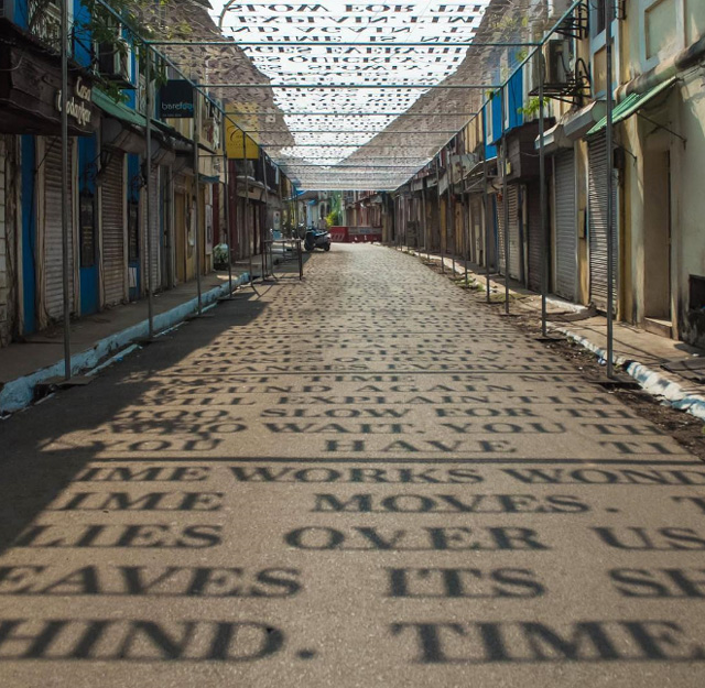 Уличная инсталляция в Индии