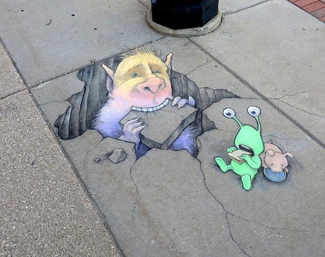 Рисунок Дэвида Зинна (уголь, цветные мелки)