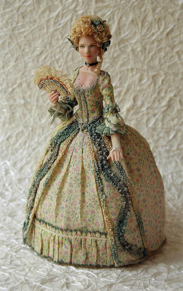 Платье для куклы барышни