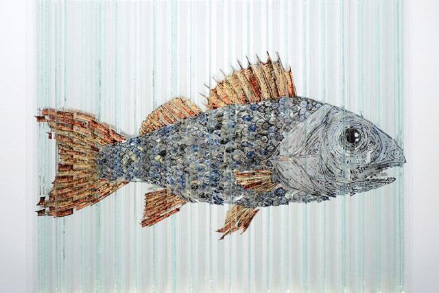 Рыба на стекле