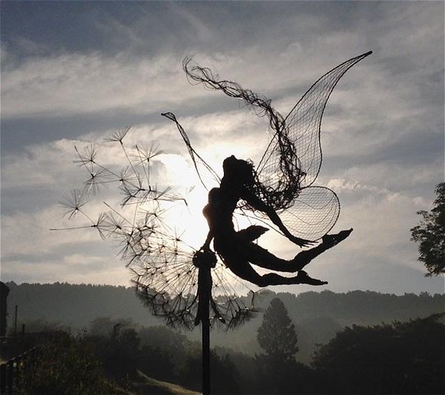 Экспрессивная скульптура Р. Уайта