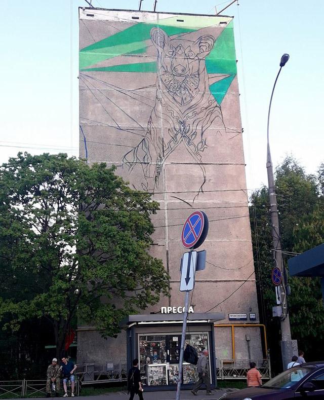 Фарид Руэда, фреска к чемпионату мира по футболу-2018 в Беляево. Начало работы.