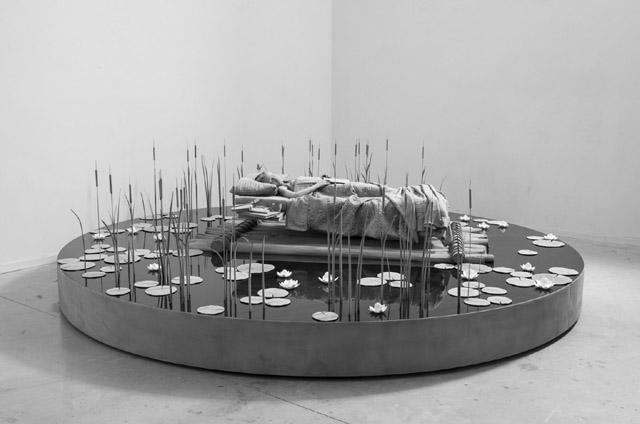 Фрагмент скульптуры Ханса Оп де Бека
