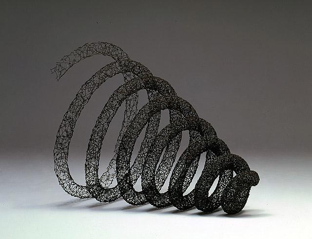 скульптура из гвоздей, автор -  Джон Бизби