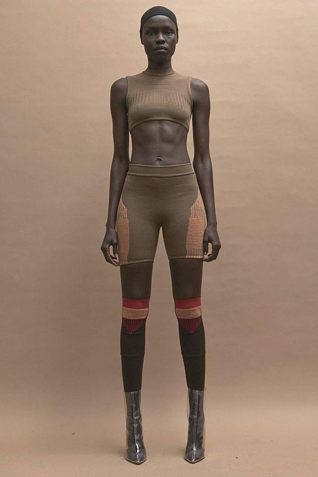 модная одежда от американского рэппера и дизайнера Канье Уэста