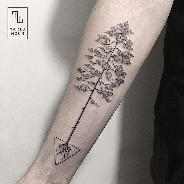 татуировка Марлы Мун