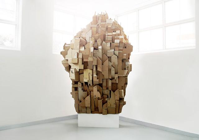 скульптурная инсталляция Cardboard Heaven
