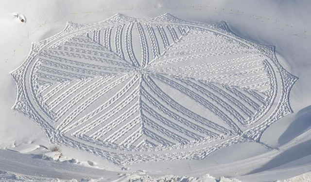 Snow Art by Simon Beck-02