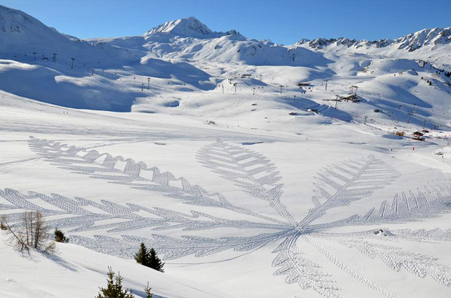 Snow Art by Simon Beck-06