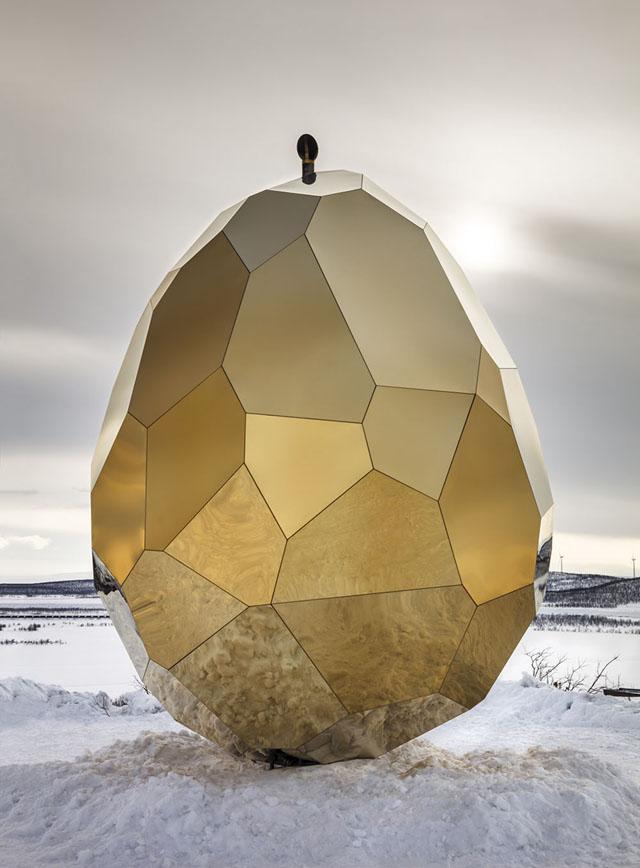 """""""Солнечное яйцо"""" студии «Bigert & Bergström»"""