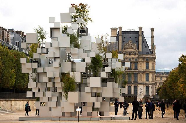 Many Small Cubes, Paris, 2014