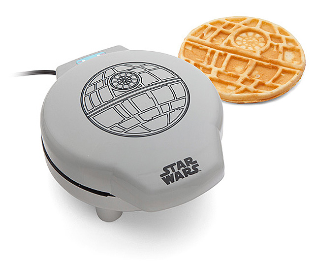 Star Wars Death Star Waffle Maker-01