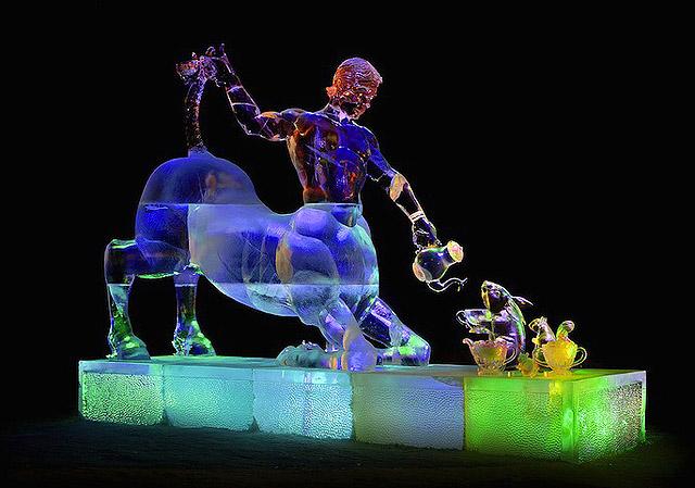 Скульптура Стива и Хизер Брайс