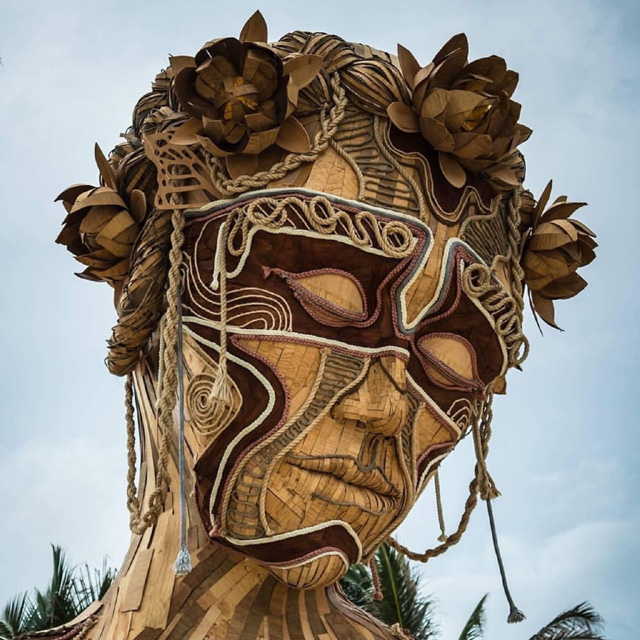 Скульптура Дэниела Поппера